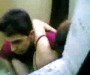 کوبیدن الاغ داریل sex زن کیردار و صورتش