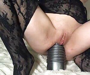 لزبین های MILF در سکس پیر زن وپیر مرد جوراب ساقه خیار فاک