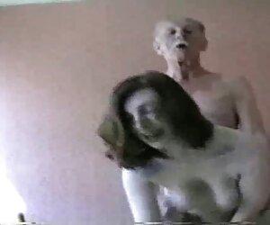جانت آلفانو به سختی مرد خود را فریب می دهد دانلود سکس زن دوجنسه